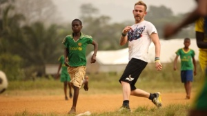 Dominic Monaghan shares his passion for football #WorldCup